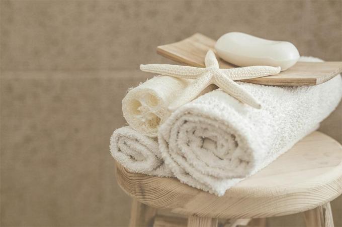 Ninh Dương Lan Ngọc chỉ điểm 5 sai lầm phổ biến khi tắm làm da kém mịn màng - 1