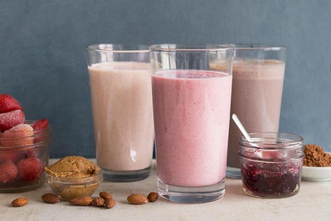Protein shake là thức uống quen thuộc của người tập gym, nhằm cung cấp thêm đạm giúp cơ thể no lâu, duy trì cơ bắp.