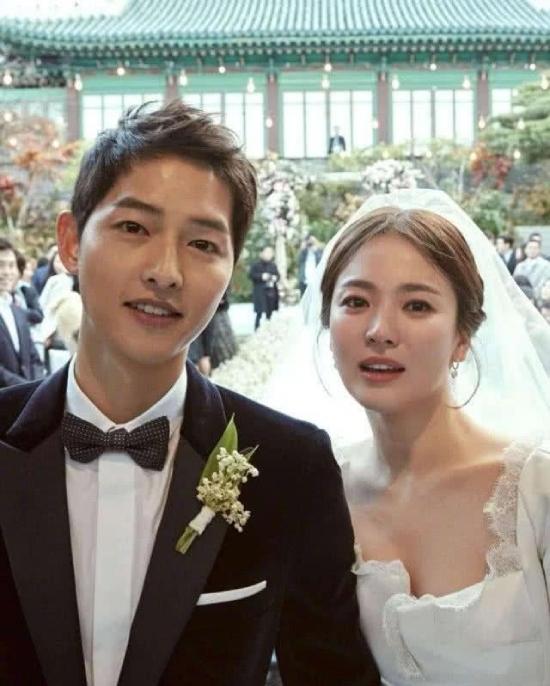 Vợ chồng Song - Song chính thức ly dị hôm 23/7.