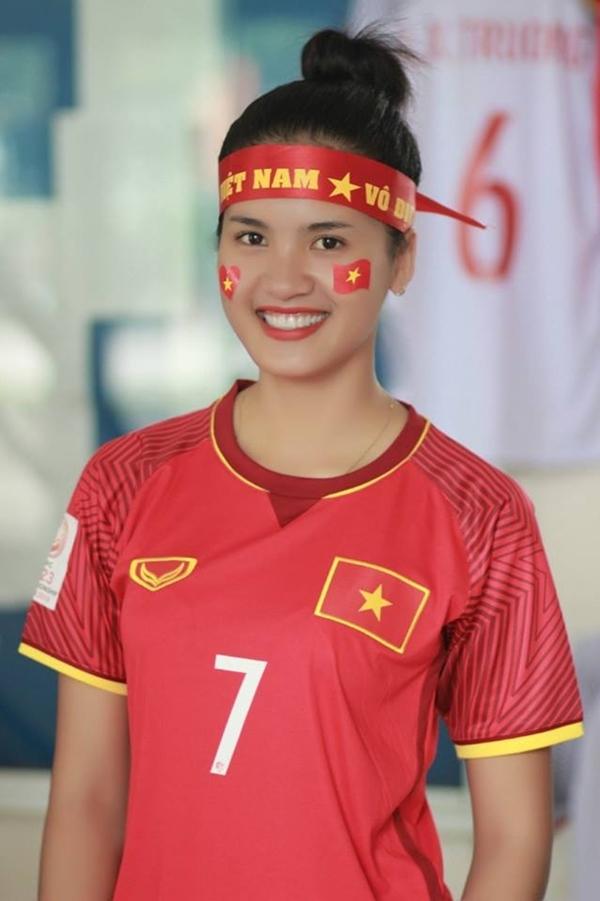Người đẹp cũng có niềm đam mê thể thao. Cô thường chạy bộ, chơi bóng chuyền giúprèn luyện sức khỏe, đảm bảo việc học và tham gia các hoạt động khác tại trường.
