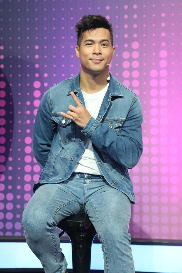 Trương Thế Vinh cũng tham giavới vai trò MC. Vốn có mối quan thân thiết với Việt Hương, anh tỏ ra hào hứng khi có dịp hợp tác chung trong chương trình.