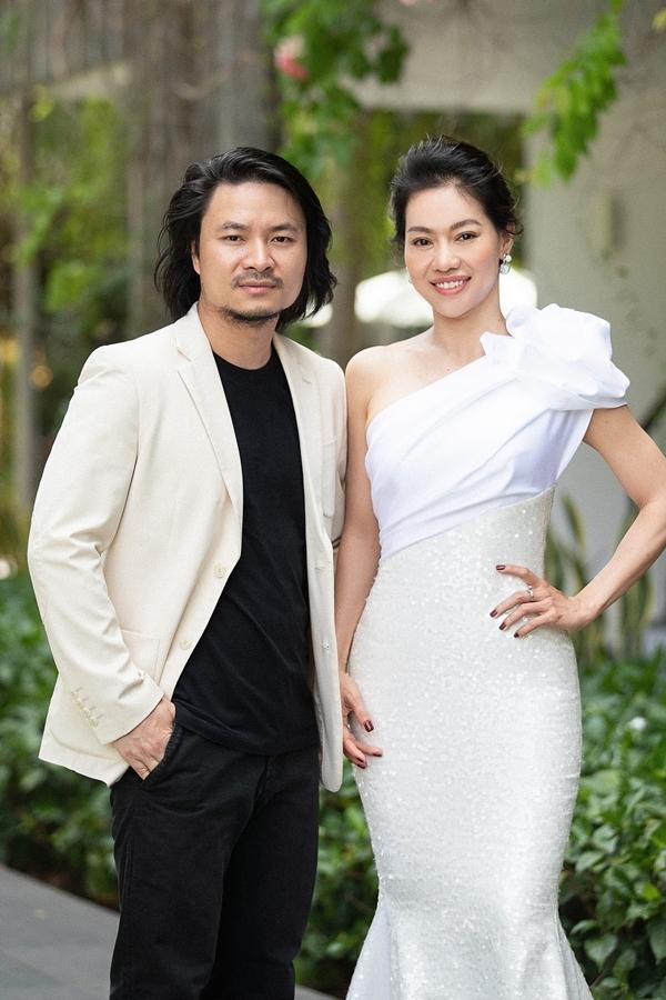 Bà Phạm Kim Dung - trưởng Ban tổ chức cuộc thi chụp ảnh cùng tổng đạo diễn Hoàng Nhật Nam.