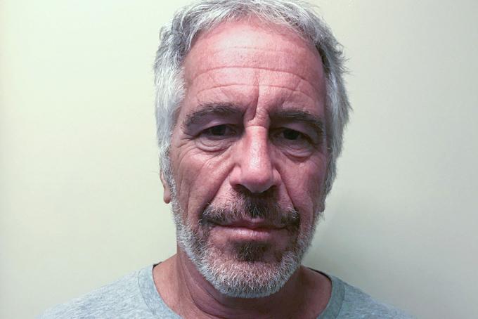 Hình ảnh tỷ phú Jeffrey Epstein khi bị giam giữ hôm 10 tháng 7. Ảnh: Reuters.