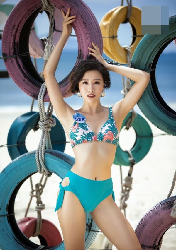 Thí sinh Hoa hậu Thế giới VN 2019 diện bikini đọ dáng ở Đà Nẵng - 2