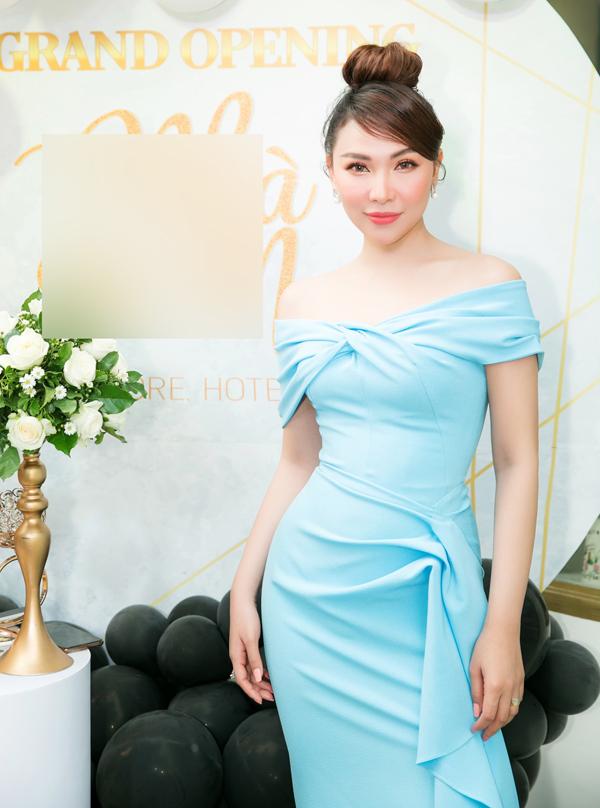 Sau thời gian hoạt động nghệ thuật, Quỳnh Thư quyết định thử sức kinh doanh. Cô vừa mở cơ sở chăm sóc, lưu trú dành cho chó mèo ở TP HCM.