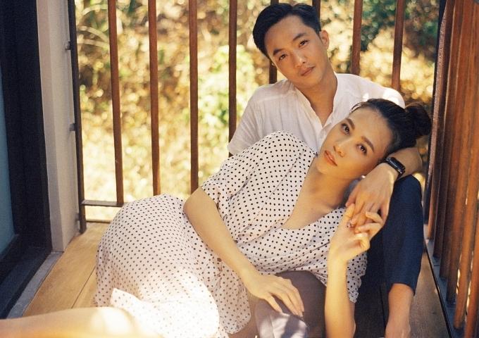 Đàm Thu Trang ôm chặt Cường Đôla trong ảnh cưới - 2