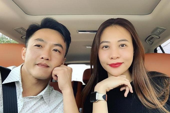 Từ cuối năm 2017, Đàm Thu Trang gây chú ý với chuyện tình cảm cùng doanh nhân Cường Đôla.