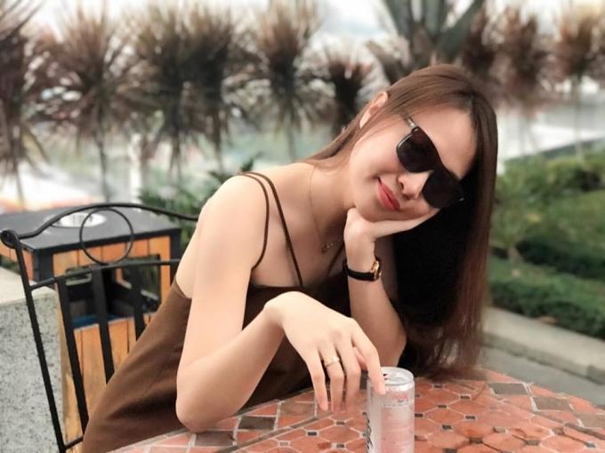 Suốt một thời gian dài, Đàm Thu Trang vắng bóng khỏi showbiz.