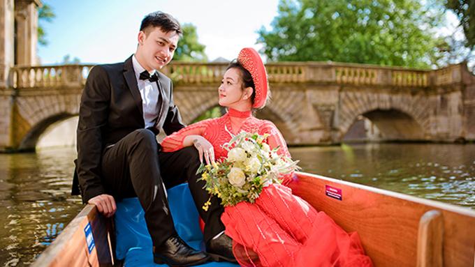 Cặp cô dâu chú rể trong bộ hình là Kevin và Candy, người Việt sống tại Anh.