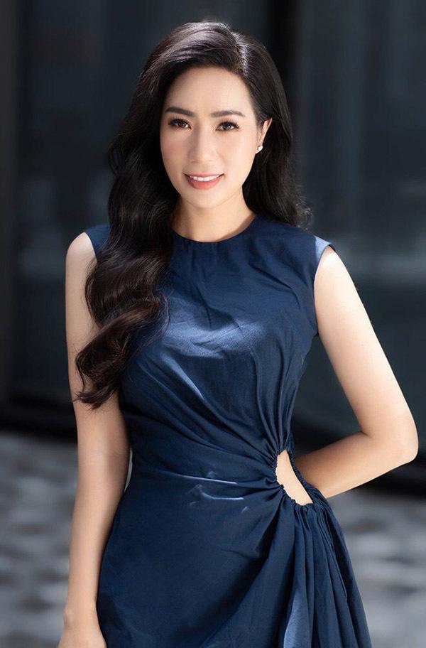 Ngoài hoạt động nghệ thuật, Trịnh Kim Chi còn tích cực tham gia nhiều hoạt động từ thiện, được khán giả yêu mến, ngưỡng mộ.