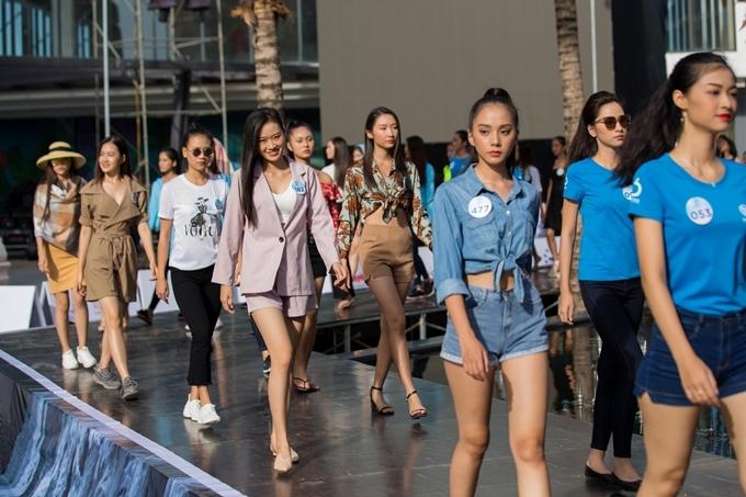 Các thí sinh có mặt trong vòng chung kết Hoa hậu Thế giới Việt Nam 2019 cũng tất bật tập luyện cho đêm thi. Top Model bao gồm 3 vòng thi: trang phục áo dài, trang phục dạo phố và trang phục dạ hội.