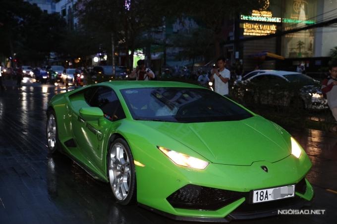 Dàn siêu xe xuất hiện tại đám cưới của Cường Đôla - Đàm Thu Trang - 8