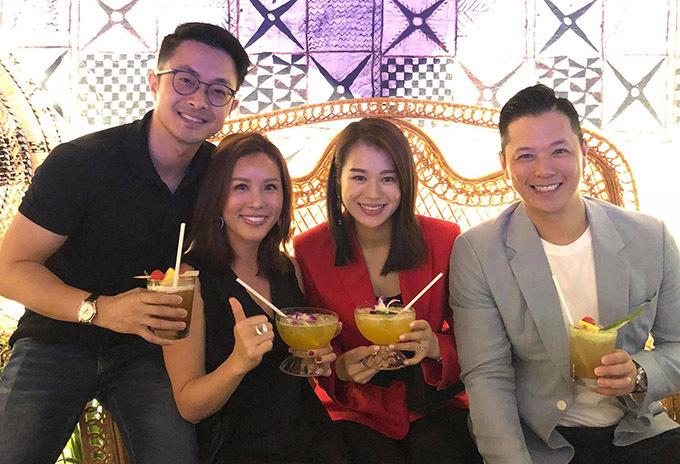 Năm 2018 vợ chồng ngôi sao TVB từng sang Việt Nam thăm Thu Hoài và bạn trai cô.