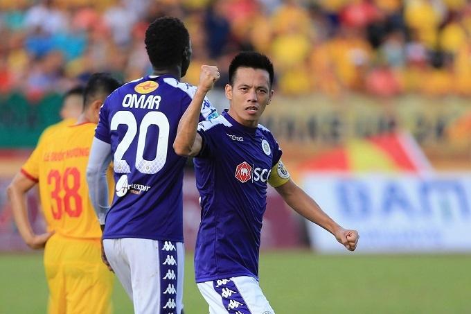 Văn Quyết ghi bàn liên tục từ ngày thi đấu trở lại ở giai đoạn hai V.League. Ảnh: HNFC.