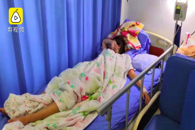 Thiếu nữ nhập viện cấp cứu vì squat 1.000 cái