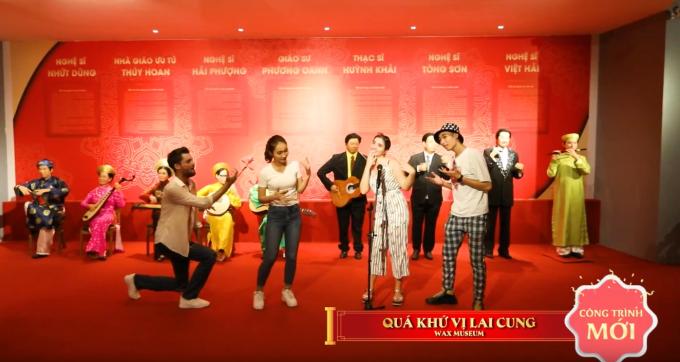 Quá Khứ Vị Lai Cung quy tụ thần tượng nhân loại, chính khách kiệt xuất và vĩ nhân tài hoa bậc nhất. Đây là nơi du khách hội ngộ với các ngôi sao âm nhạc đương đại, minh tinh màn bạc, danh hài gạo cội và trở về thời hoàng kim của nghệ thuật cải lương Việt Nam với thế hệ nghệ sĩ vàng vang danh trong những vở tuồng kinh điển.