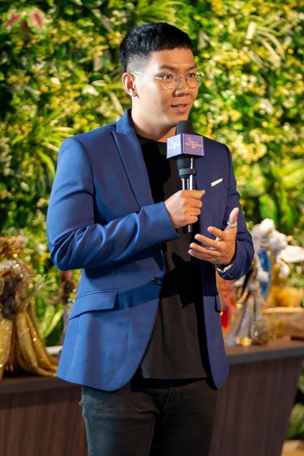 Tác giả Trần Nguyễn Minh Đức cho rằng tuy Việt Nam không phải là quốc gia khởi nguồn của cà phê, văn hóa uống café bằng phin đã tạo nên nét độc đáo chỉ có ở Việt Nam.