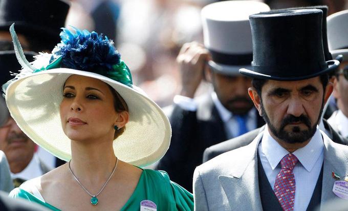 Vợ chồng Thủ tướng UAE tại lễ đua ngựa hoàng gia Anh Royal Ascot năm 2010. Ảnh: Reuters.