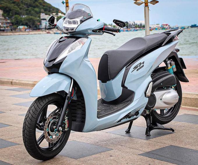 Honda SH300i lên đồ gần trăm triệu ở Vũng Tàu