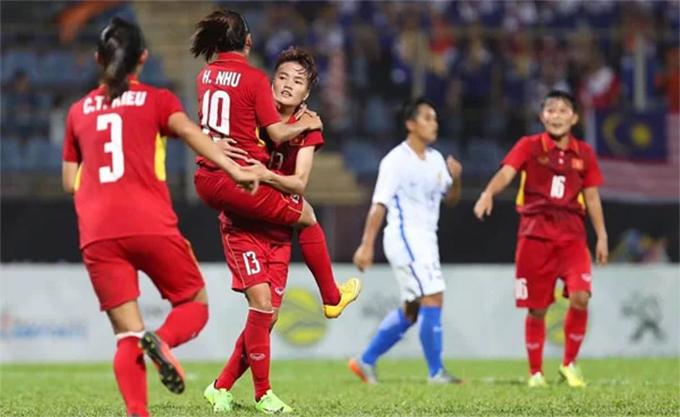 Tuyển nữ Việt Nam vẫn chưa một lần được dự World Cup nữ dù từng giành nhiều HC vàng SEA Games, vô địch Đông Nam Á. Ảnh: Đức Đồng.