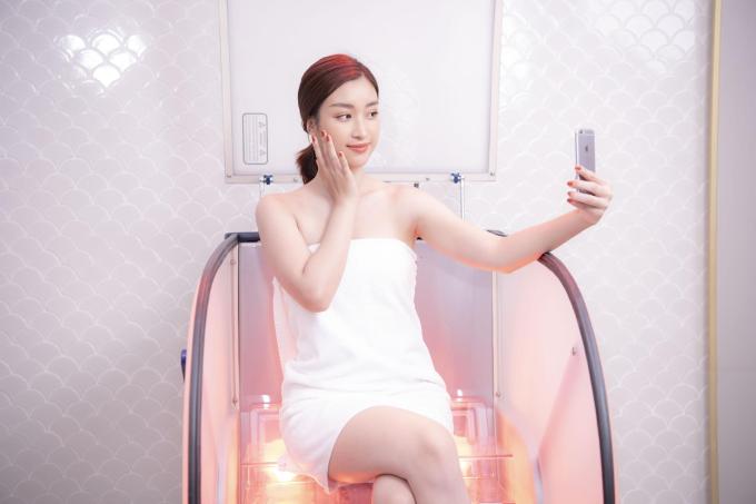 Dàn sao Việt trải nghiệm tắm trắng miễn phí - 1