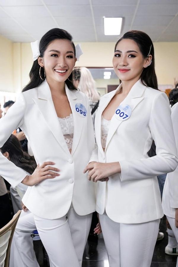 Với kỹ năng và kinh nghiệm có sẵn, Thanh Khoa được đánh giá có thể tiến xa, phù hợp đại diện Việt Nam dự thi Miss Grand International - một cuộc thi quốc tế đề cao yếu tố trình diễn, tự tin.