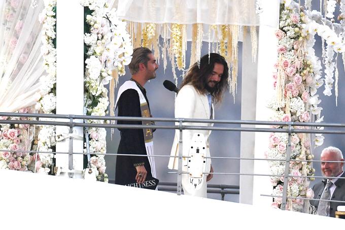 Bill Kaulitz đảm nhiệm vai trò chủ hôn trong lễ cưới của em trai.