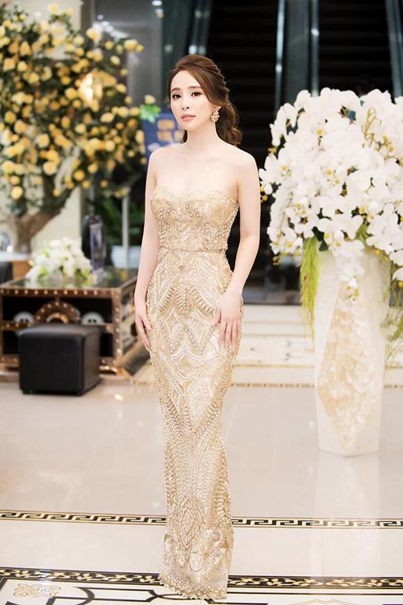Mỹ nhân Việt mặc đẹp nhất tuần - 1