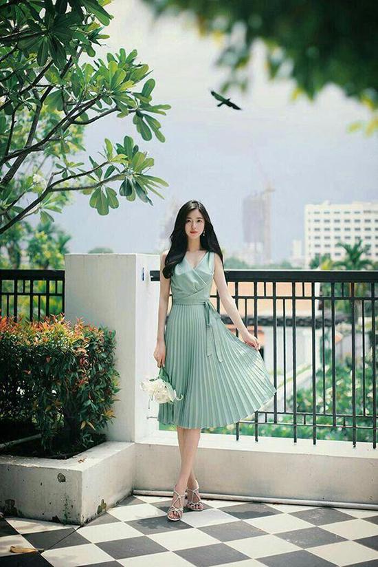Đầm dạo phố cho nàng mê sắc xanh - 1