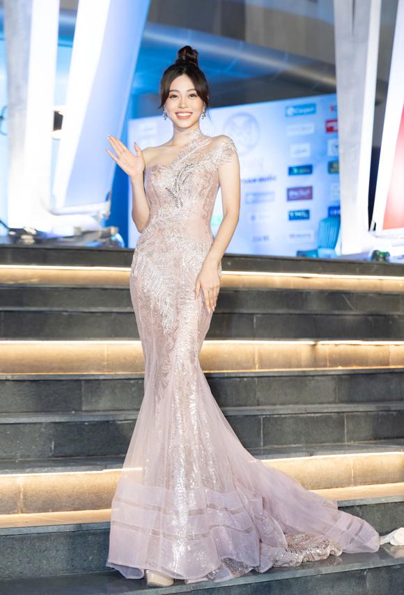 Mỹ nhân Việt mặc đẹp nhất tuần - 3