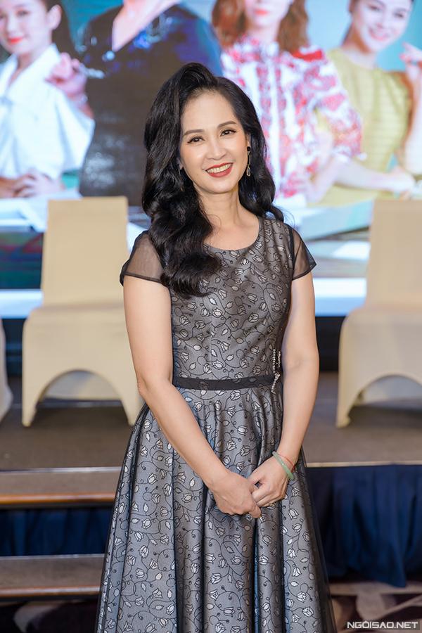 Bộ phim cũng đánh dấu sự trở lại của NSND Lan Hương.