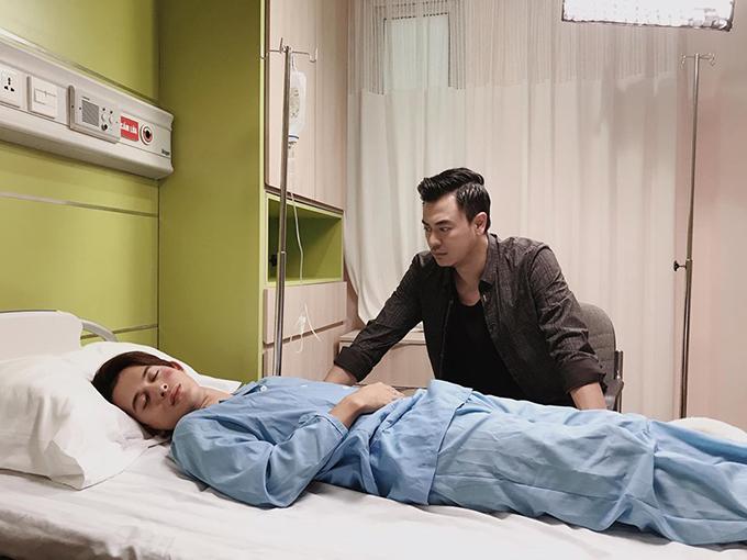 Tuấn Tú vào vai Quốc, ông bố đơn thân có con từ năm 18 tuổi.