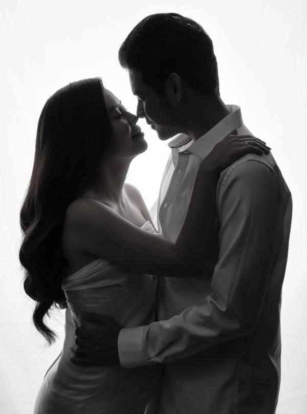 Vợ chồng Vũ Ngọc Ánh - Anh Tài kết hôn từ giữa tháng 2.Cặp đôi làm cùng nghề nên có nhiều điểm chung, dễ chia sẻ trong mọi việc.