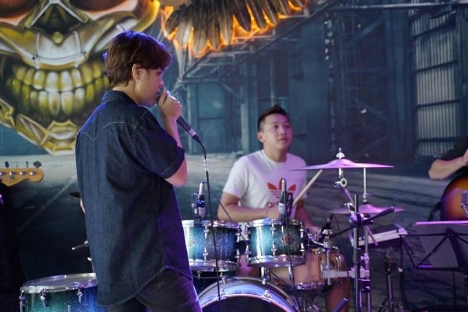 Cùng với ban nhạc Màu Nước và đạo diễn Cao Trung Hiếu, Vũ Cát Tường sẽ tái hiện và làm mới những sản phẩm âm nhạc gắn liền với tên tuổi của côbằng những bản phối mới lạ, do Tườngvà nhạc sĩ Nguyễn Thanh Bình cùng thực hiện.