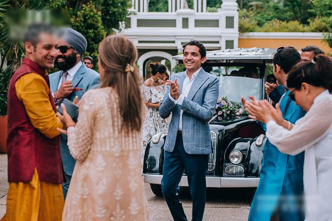 Sự kiện cưới của uyên ương có sự góp mặt của 180 khách mời.