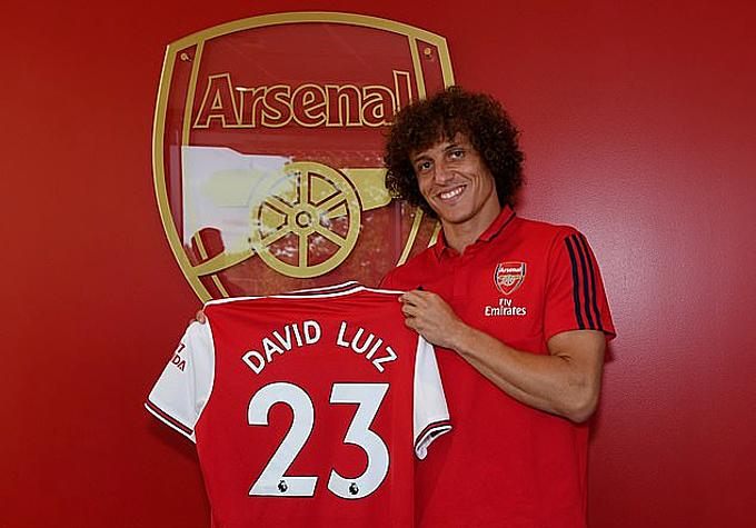 David Luiz gây sốc vì đổi CLB trong ngày cuối kỳ chuyển nhượng hè.