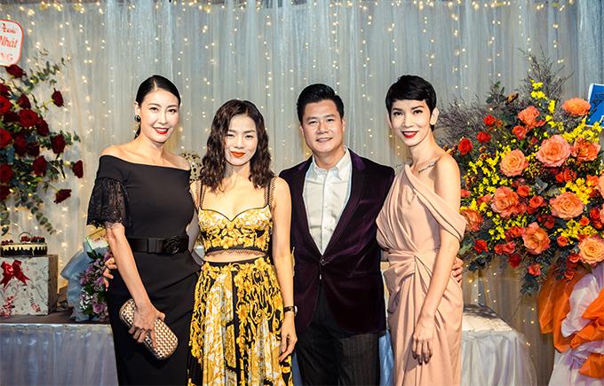 Nhiều bạn bè thân thiết của Quang Dũng là những ngôi sao của showbiz Việt cũng tới mừng anh tròn 43 tuổi như Hoa hậu Hà Kiều Anh, ca sĩ Lệ Quyên, người mẫu Xuân Lan.