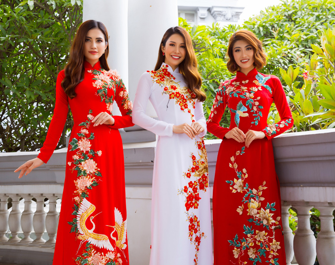Photo: Bảo Lê. Make-up và làm tóc: Trung Lạc, Lê Tùng. Model: Phan Thu Quyên, Lê Sim, Huỳnh Nhi.