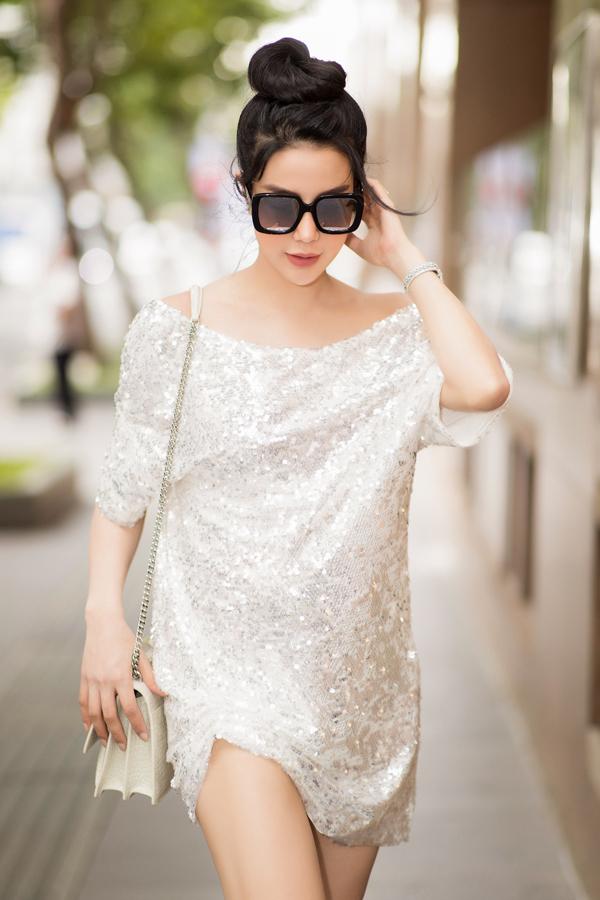 Từ khi kết hôn, diễn viên Lục Vân Tiên: Tuyệt đỉnh Kungfu hạn chế tham gia các hoạt động nghệ thuật để chăm lo tổ ấm và tập trung làm kinh doanh.