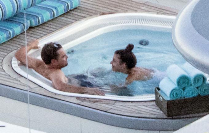 Sau khi đi quảng bá phim Once Upon a Time in Hollywood ở Rome, Leonardo DiCaprio đưa bạn gái tới vùng biển Positano để nghỉ dưỡng.