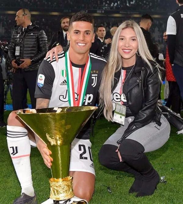 Trước đó, ngôi sao người Bồ Đào Nha khoác áo Juventus,
