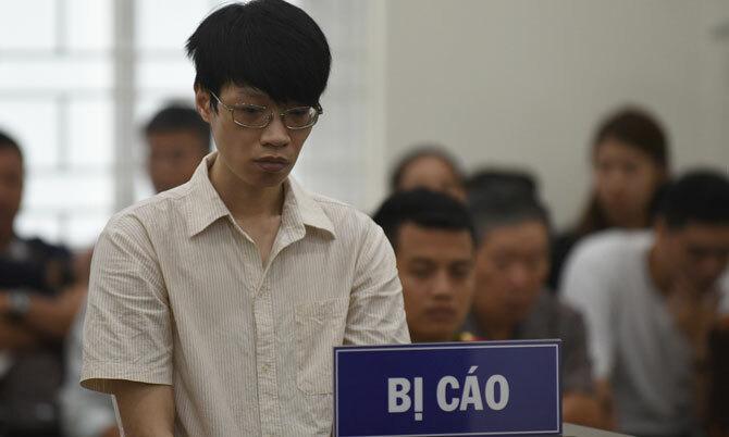Nguyễn Anh Tú tại phiên tòa sơ thẩm.