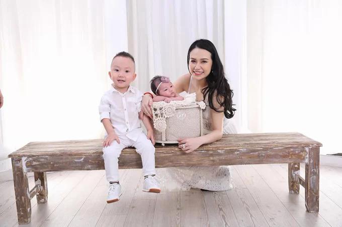 Cựu thành viên Quả Dưa Hấu là con một nên khi lập gia đình, anh rất muốn có đông con. Khi bé Su Hào được gần ba tuổi, vợ chồng anh đã lên kế hoạch để sinh con thứ hai.