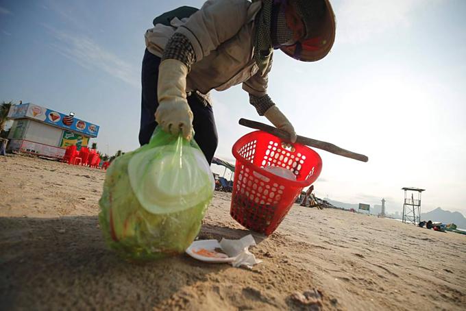 Hạ Long tung chiêu bảo vệ môi trường biển