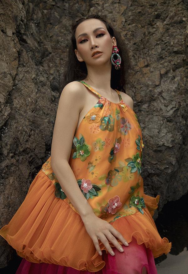 Các thiết kế pha trộn nét cổ điển và hiện đại, kiểu dáng rộng rãi, tạo cảm giác thoải mái cho người mặc.