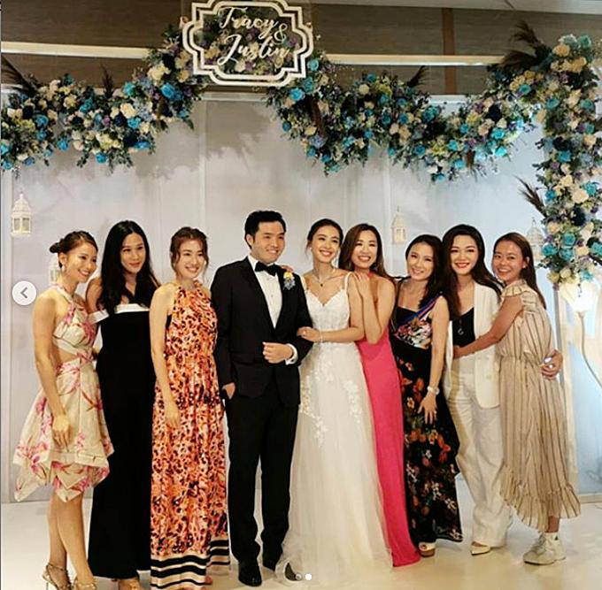 Sau hôn lễ, cô dâu chú rể không đi nghỉ tuần trăng mật ngay. Ngô Côn Luận trở về Singapore để tiếp tục công việc trong khi Chu Thiên Tuyết sẽ quay lại quê nhà.Hiện cô vừa làm vừa học tiến sĩ ngành Luật tại City University of Hong Kong (Đại học Thành phố Hong Kong).