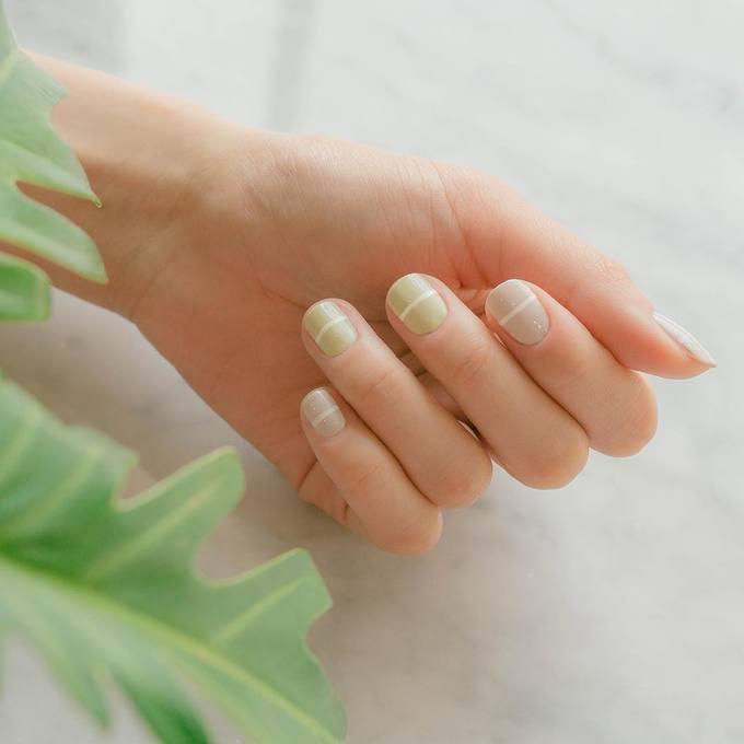 8 mẫu móng đơn giản chuẩn phong cách Hàn Quốc