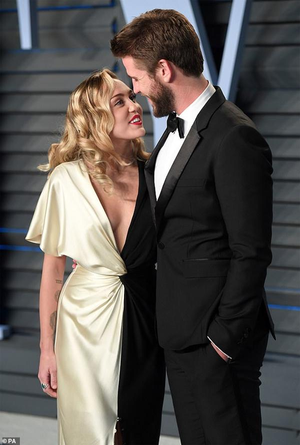 Miley và Liam đang ly thân.