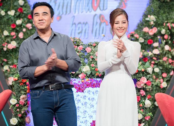 Nam Thư diện áo dài trắng dẫn Bạn muốn hẹn hò cùng Quyền Linh.