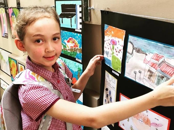 Con gái của Ngọc Nga hiện 9 tuổi, cao 1,46m và học lớp 4 một trường quốc tế tại TP HCM.